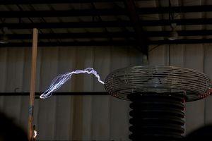 Comment transmettre l'énergie électrique dans l'espace sans fil